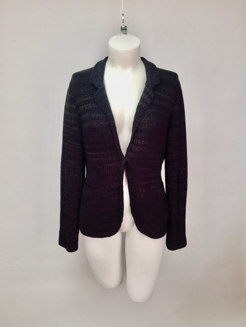 Knitted jacket 42