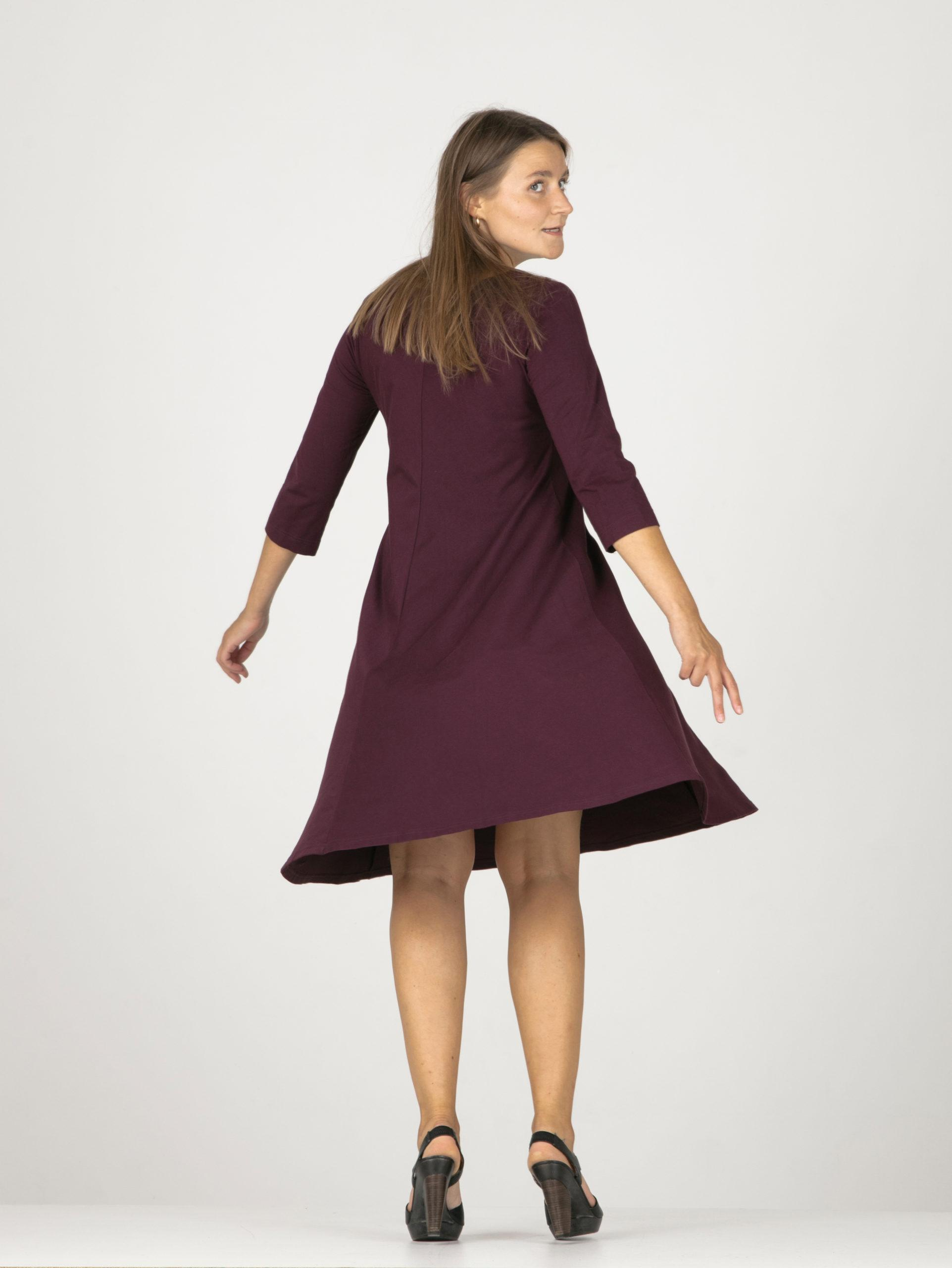AR 24 Wide dress with 3/4 sleeves